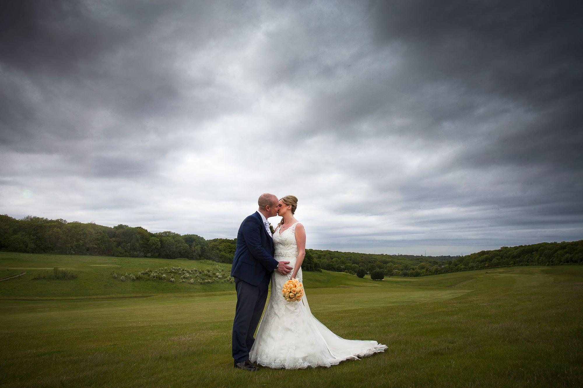 farleigh-golf-club-wedding-11