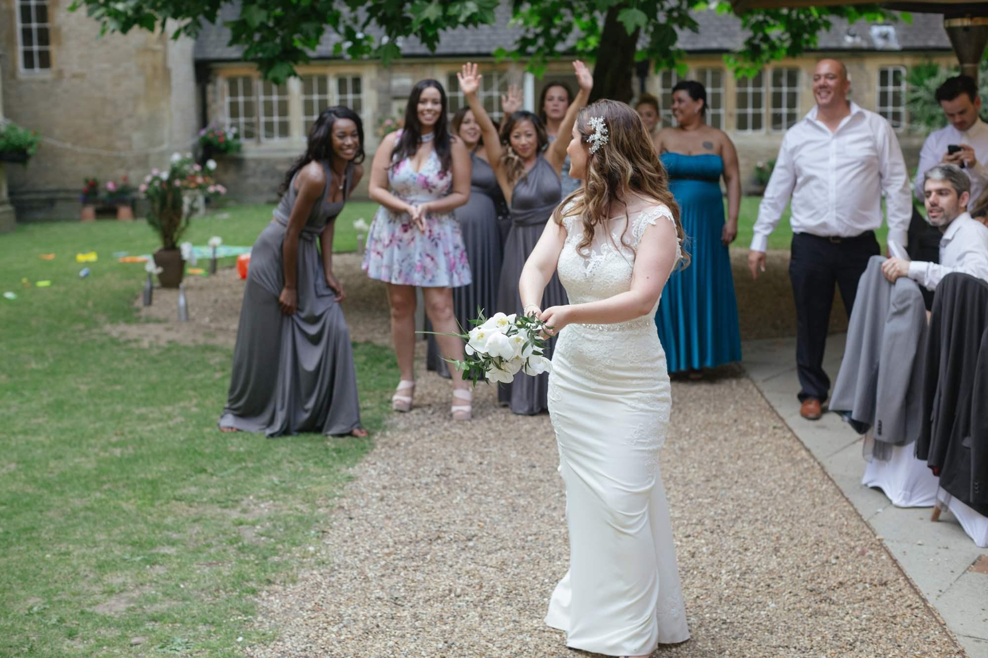roya-victoria-patriotic-building-wedding-22
