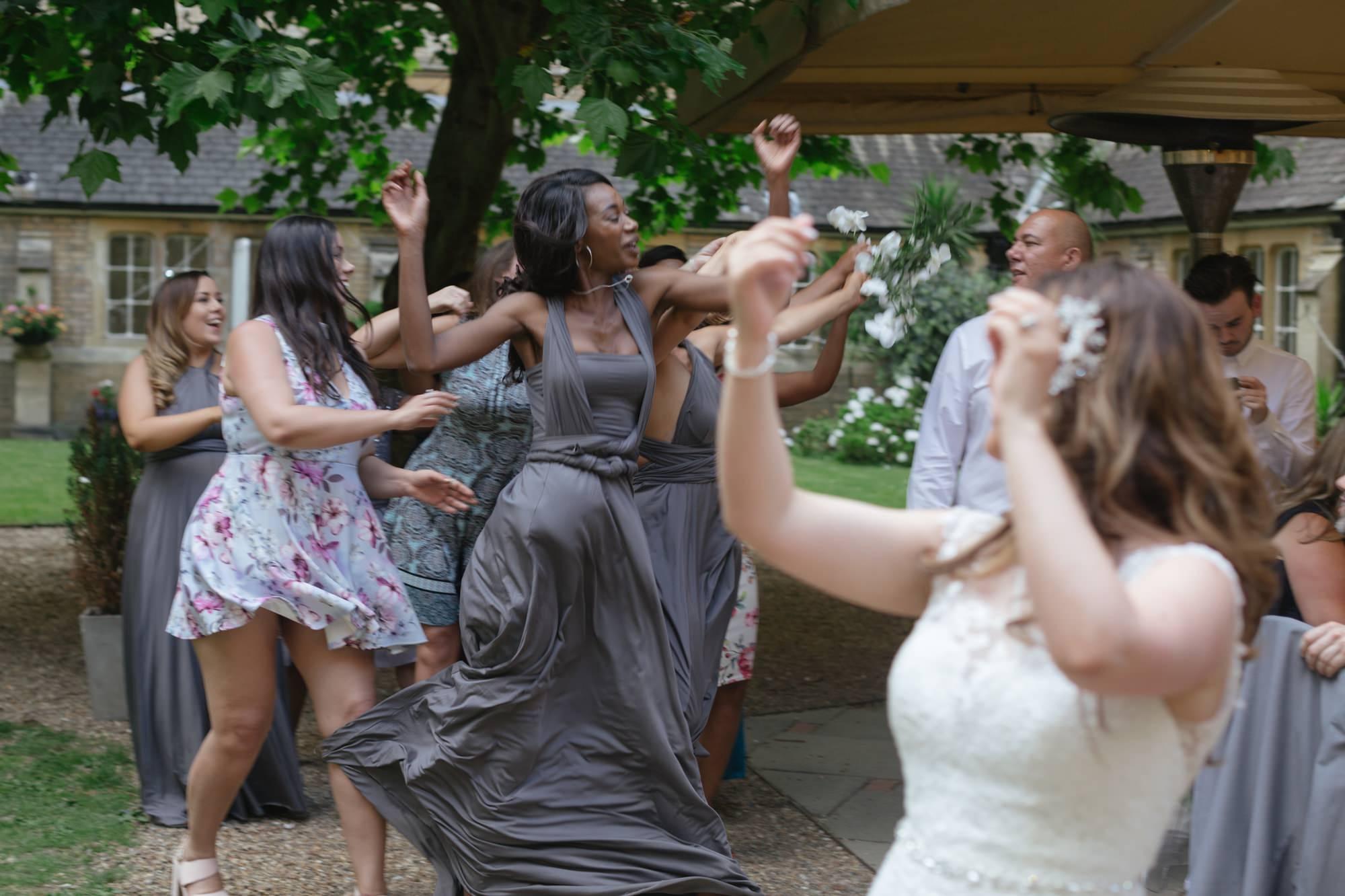 roya-victoria-patriotic-building-wedding-23