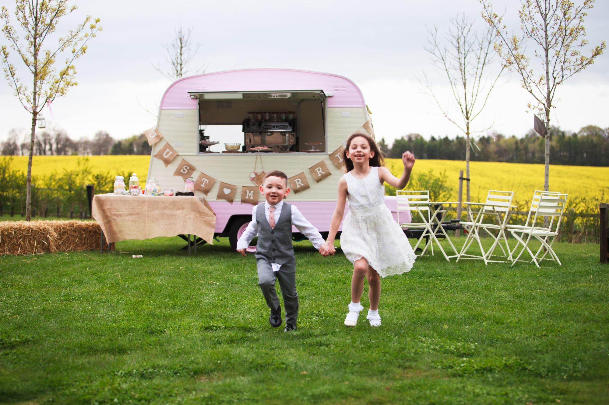 stone-barn-wedding-13
